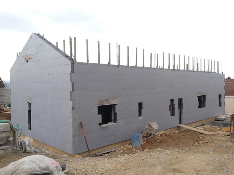 Construction bloc d'une Maison à St-Marcel-Bel-Accueil (38080)