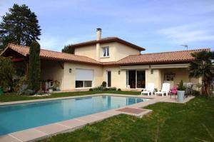 Maison neuve et piscine Saint-Romain-de-Jalionas (38460)