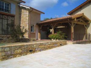 Création d'une terrasse couverte Saint-Savin (38300)